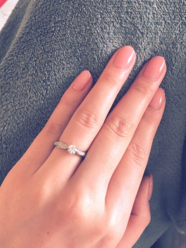 ハーフエタニティの婚約指輪