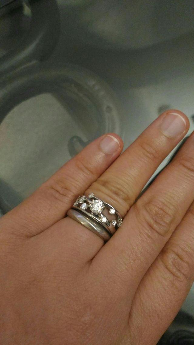 婚約リングに合う結婚リングを合わせて購入