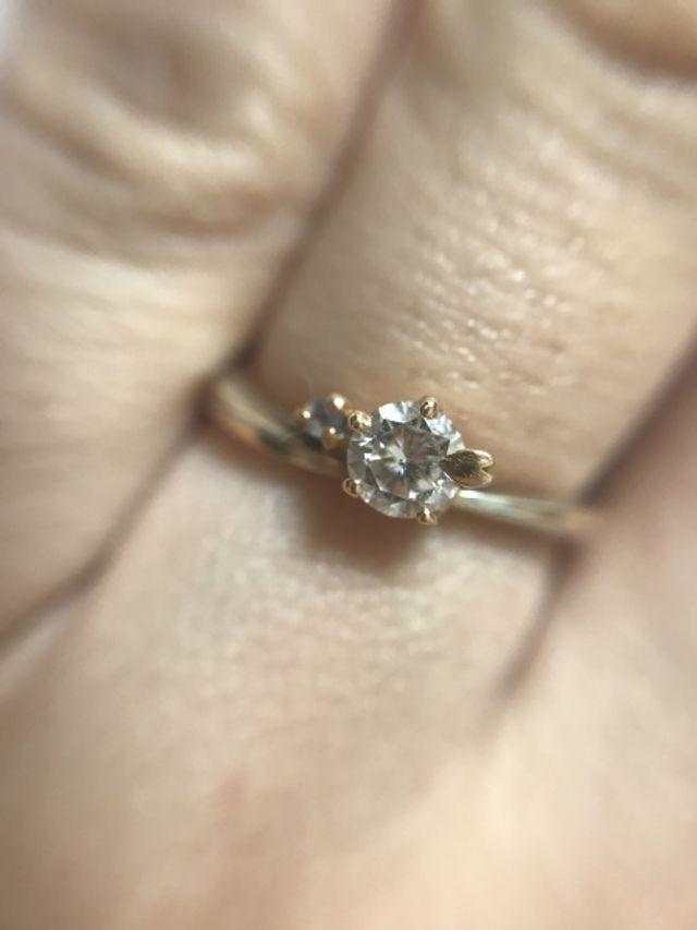 婚約指輪、ダイヤモンド、タンザナイト