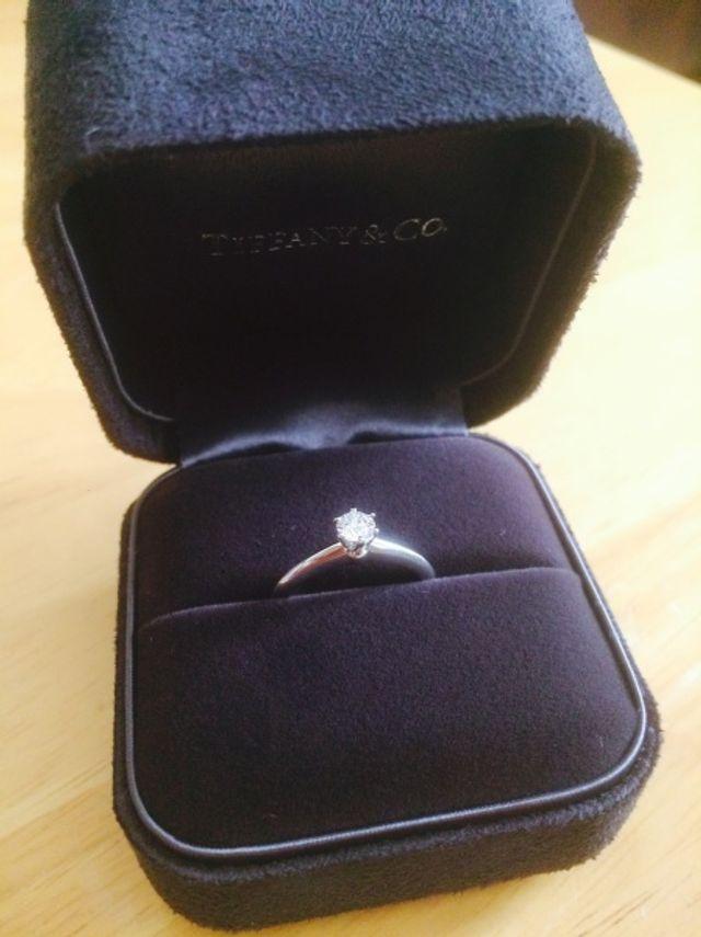 サプライズプロポーズでいただいた婚約指輪♡