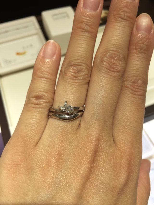 婚約指輪「月彩」と結婚指輪「月の雫」