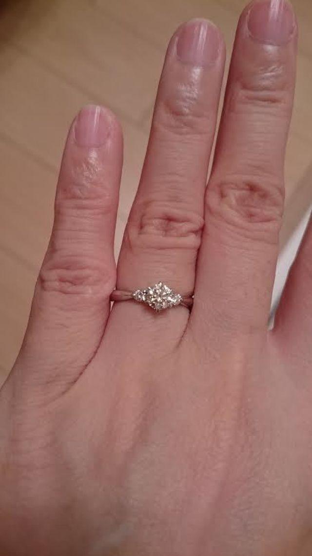ダイヤモンドが綺麗でお気に入りです。