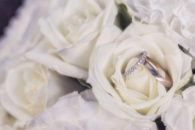 新郎の指輪は別です