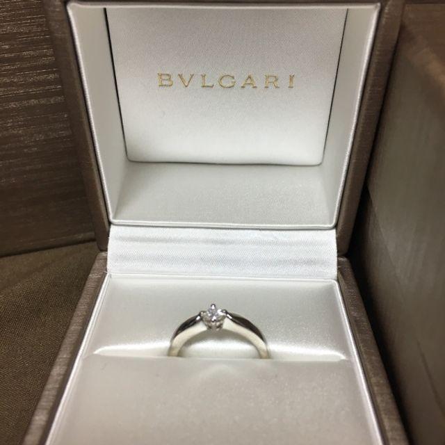 ブルガリの1粒ダイヤです。