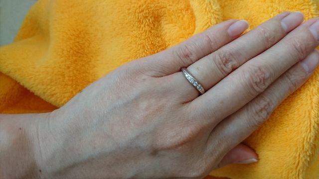 銀座ダイヤモンドシライシのinoという結婚指輪です。