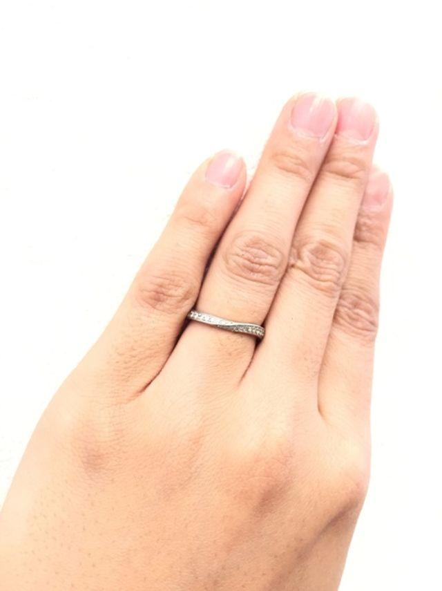 結婚指輪として購入したものです。