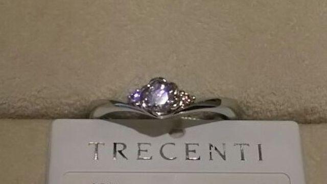 フローラシリーズの婚約指輪