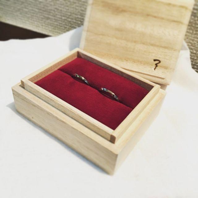 結婚指輪 箱は桐箱