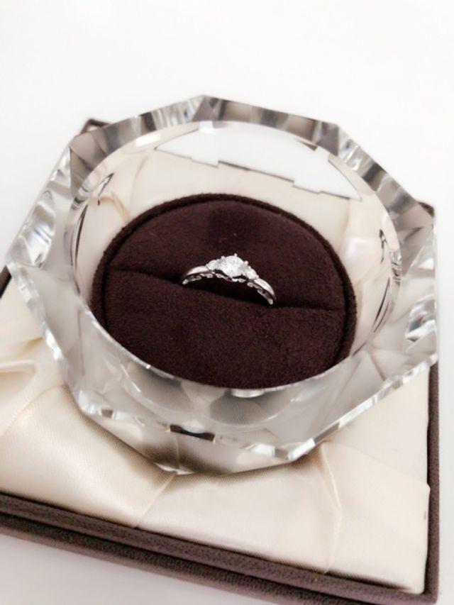 プロポーズしてもらった後に一緒に選びに行きました。