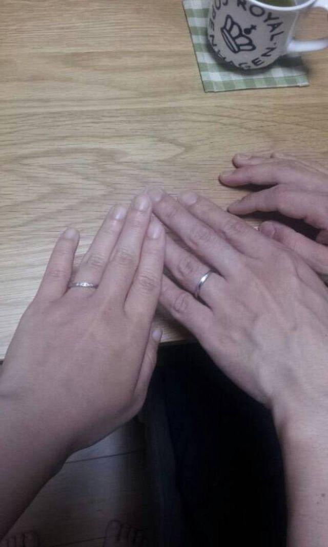 左:自分 右:主人 の指輪です