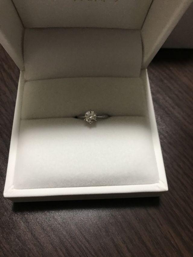 ダイヤモンドがキレイなものにしました。