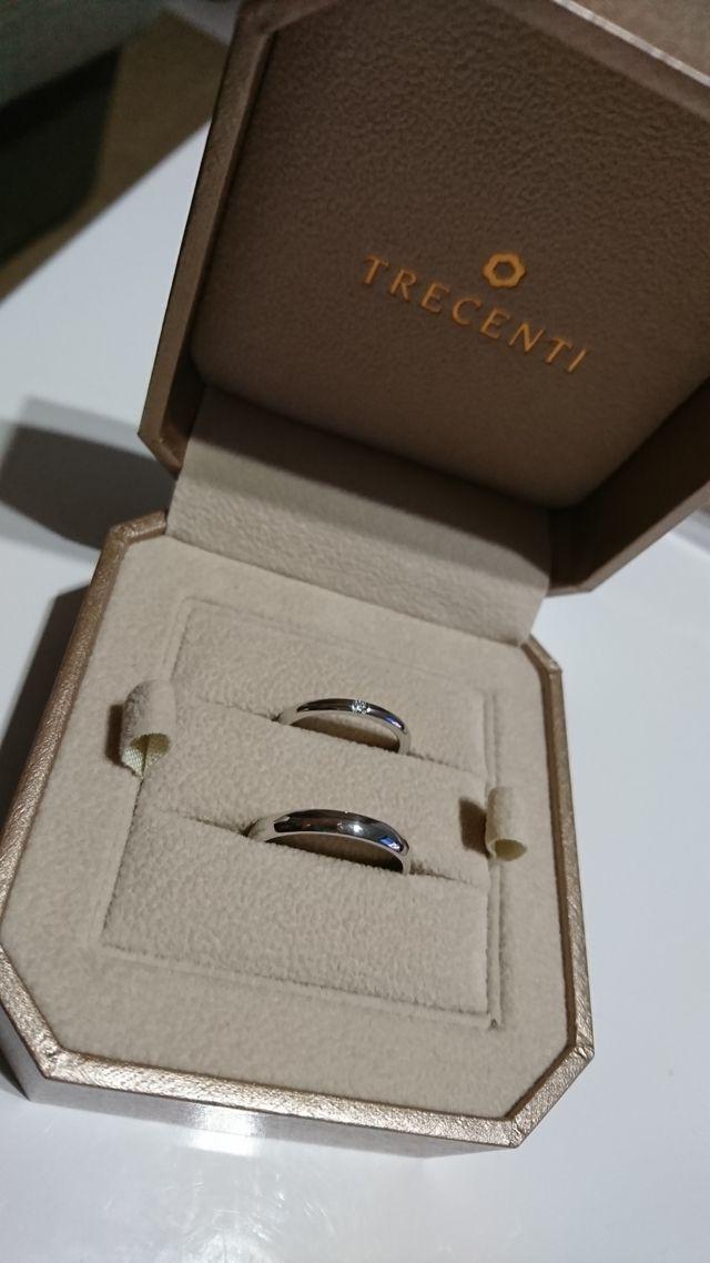 軽さを重視してホワイトゴールドの結婚指輪