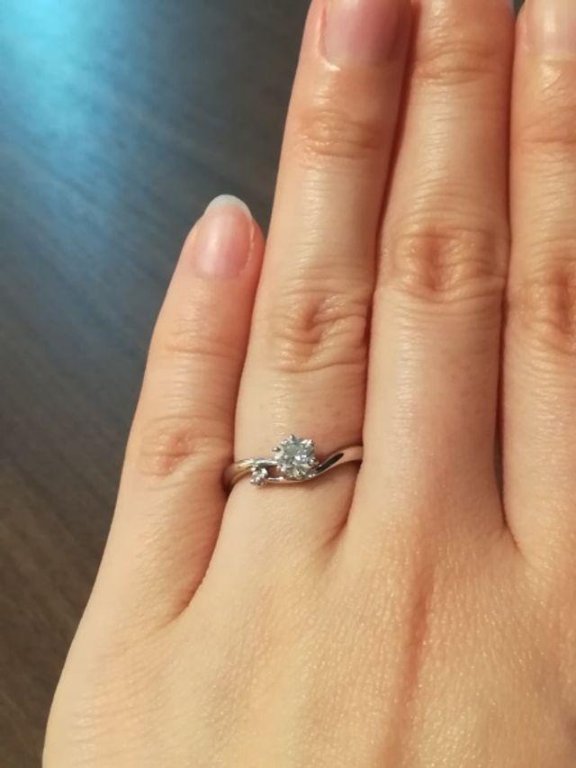 メレダイヤがピンクダイヤモンドです