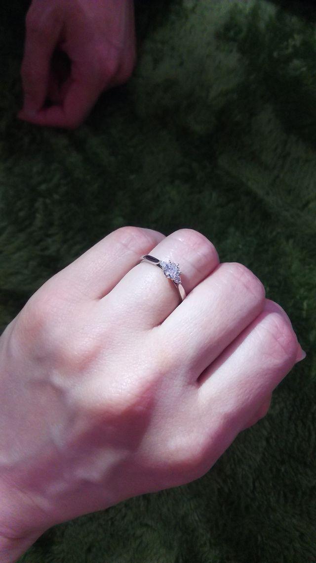 婚約指輪で頂いた俄の白鈴です