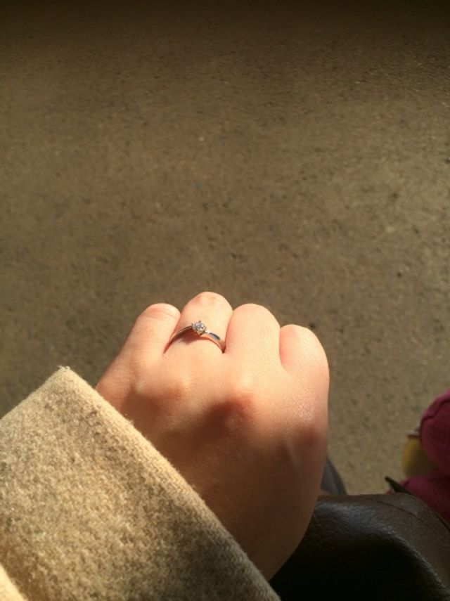 婚約指輪の写真です。