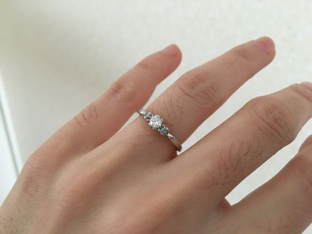 シンデレラをモチーフにしたリングです。細めのリングです。