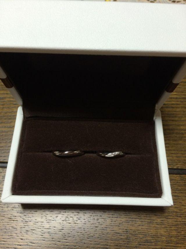 こんな感じで指輪が手元に届きました!