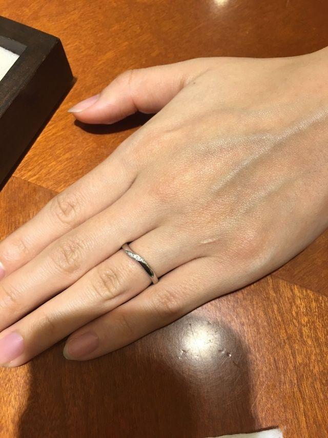 指がキレイに見えるデザインです