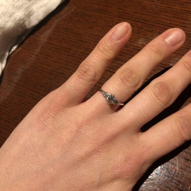 宝寿堂さんで婚約指輪を購入しました。