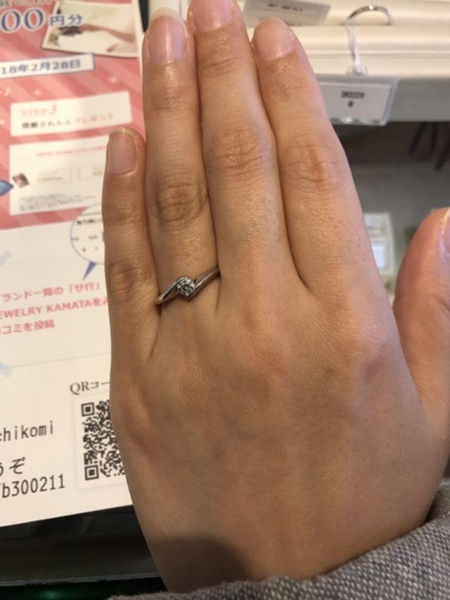 サプライズでプロポーズした時の指輪です。