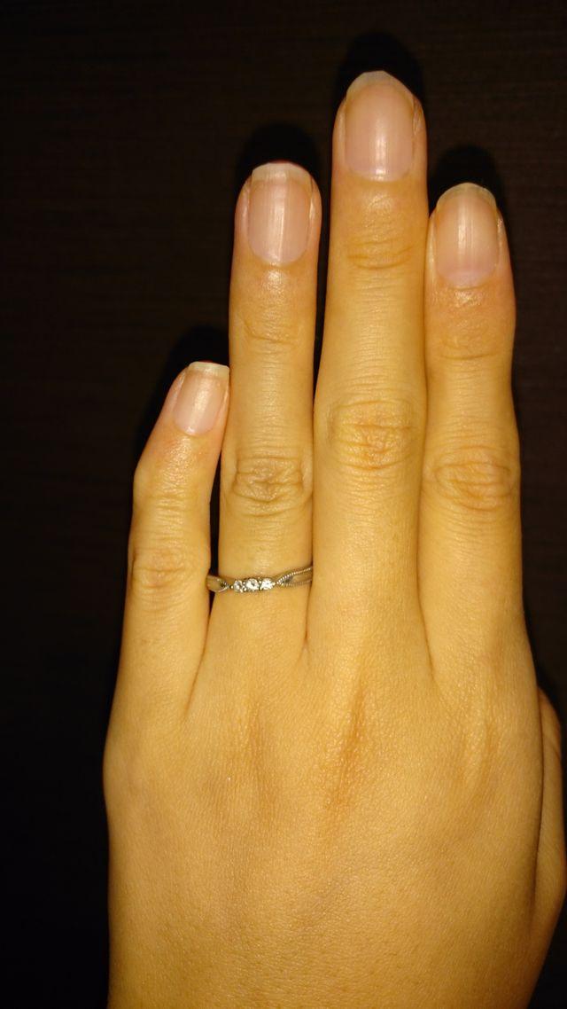 エクセルコダイヤモンドの結婚指輪です。