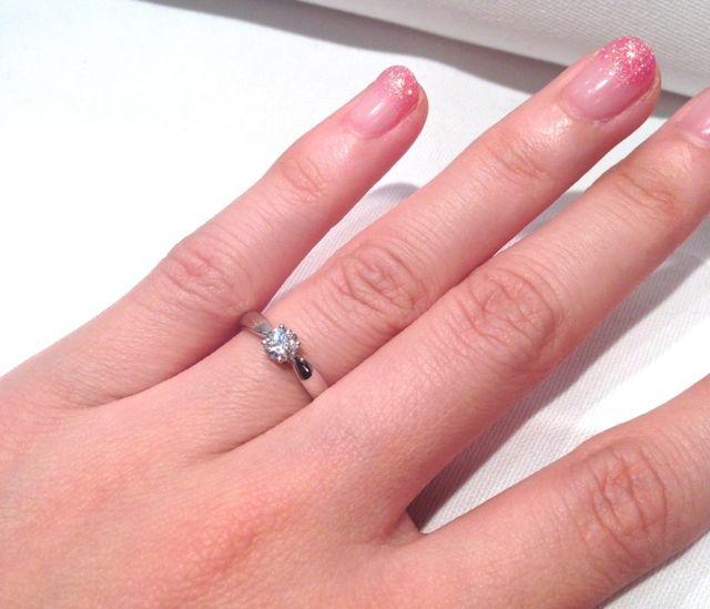 Tiffanyのシンプルな一粒ダイヤリング