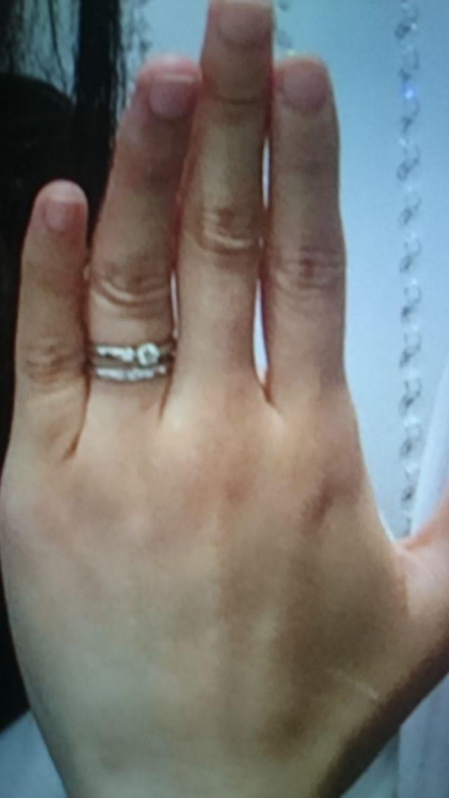 婚約指輪と結婚指輪の重ねづけ