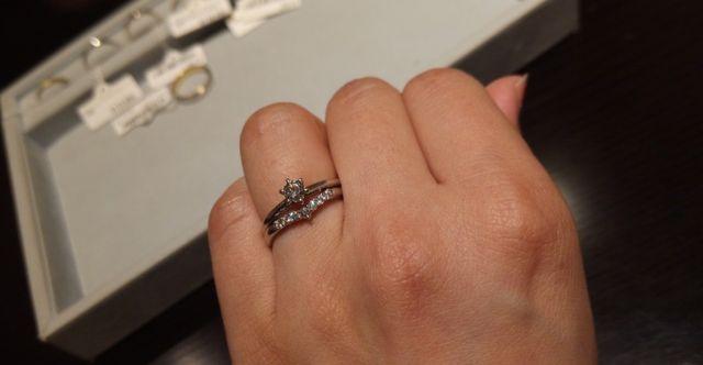 白雪姫モチーフのリングです。