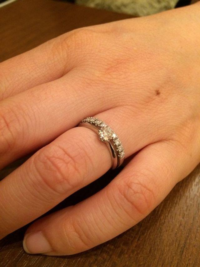 とてもキレイなダイヤモンドでスゴく喜んでもらえました。