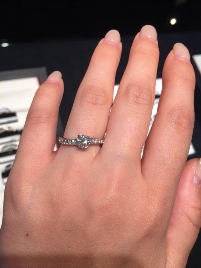 婚約指輪 グラマシー