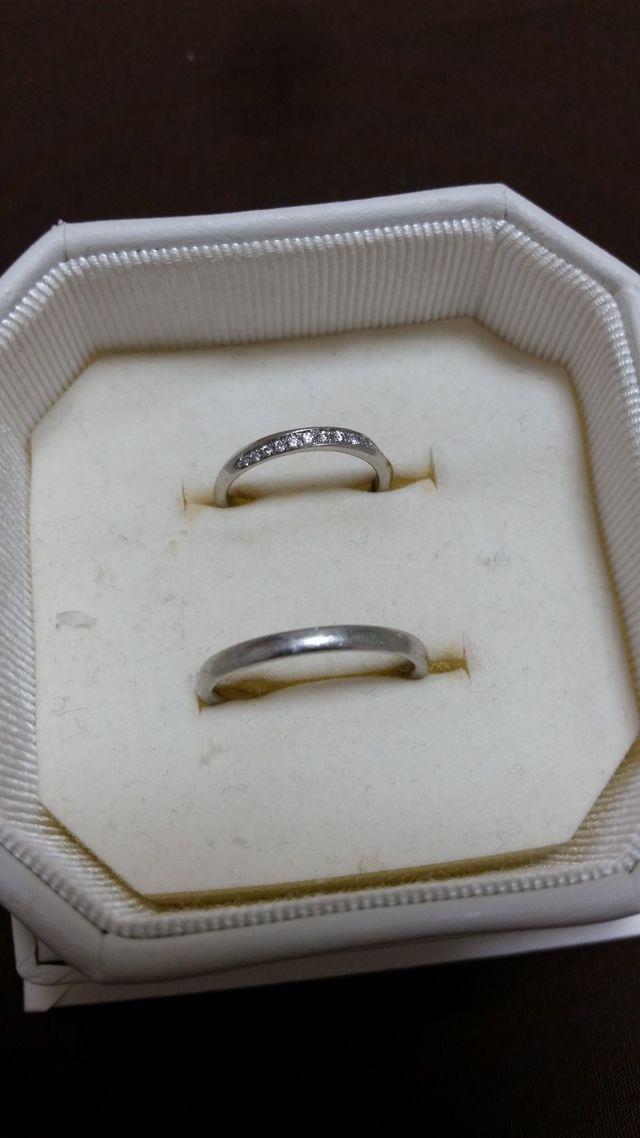 ペアで購入した指輪です。