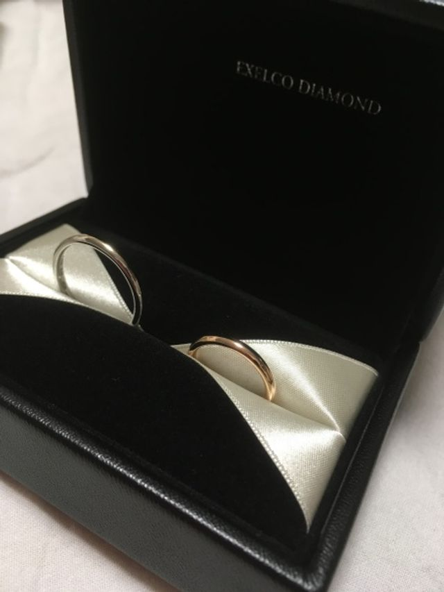 オシャレすぎるボックスに入れて来ただきました、結婚指輪。