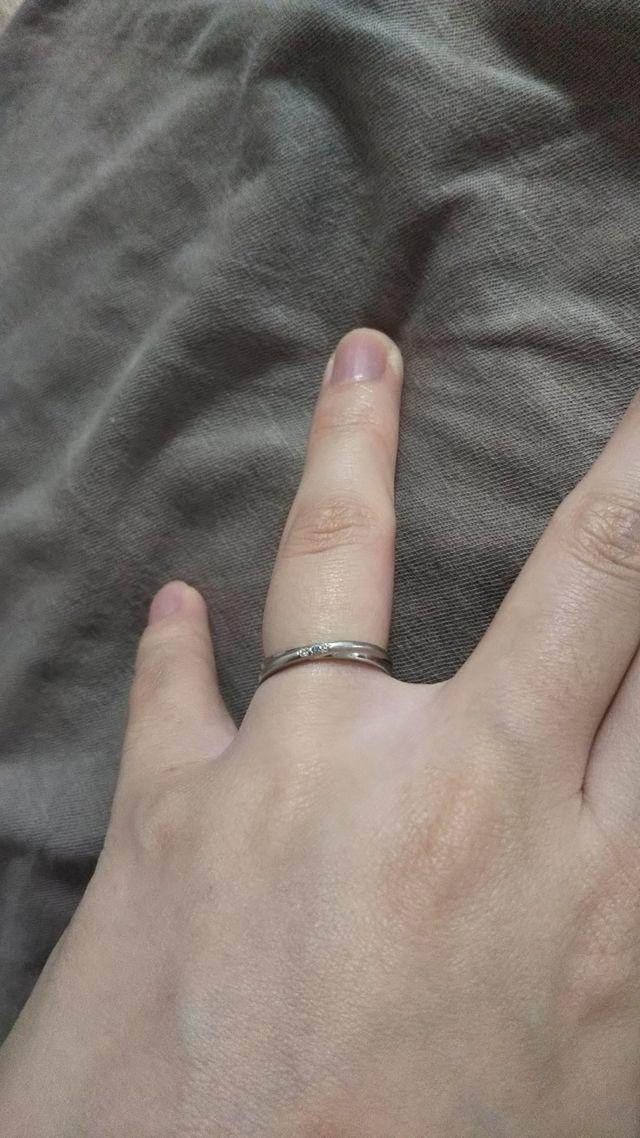 3つのダイヤは色の変更が可能です。