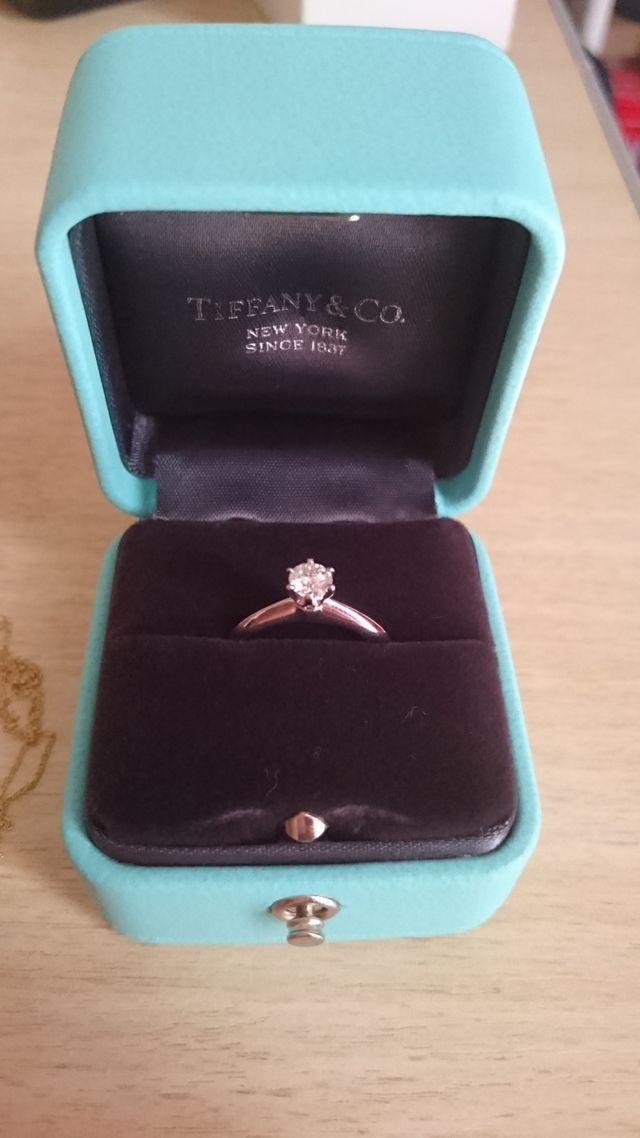promo code 5f062 89d62 伝統的なティファニーセッティングは、これぞ婚約指輪!という ...