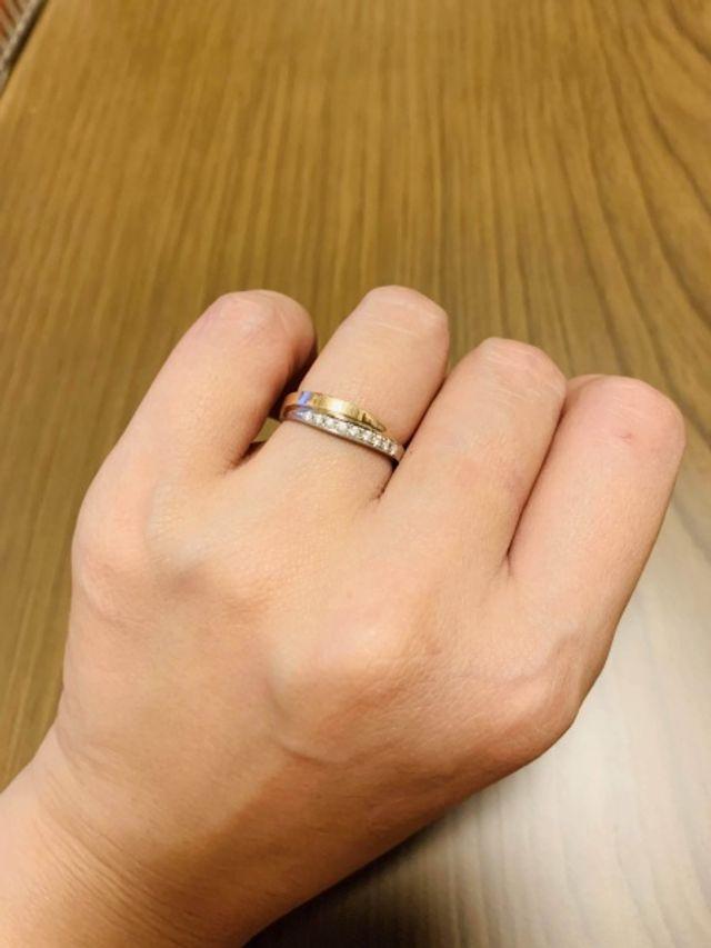 コンビの指輪・ピンクゴールドとプラチナです。