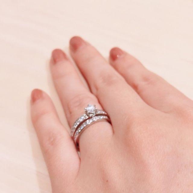 ティファニーの結婚指輪と重ね付け