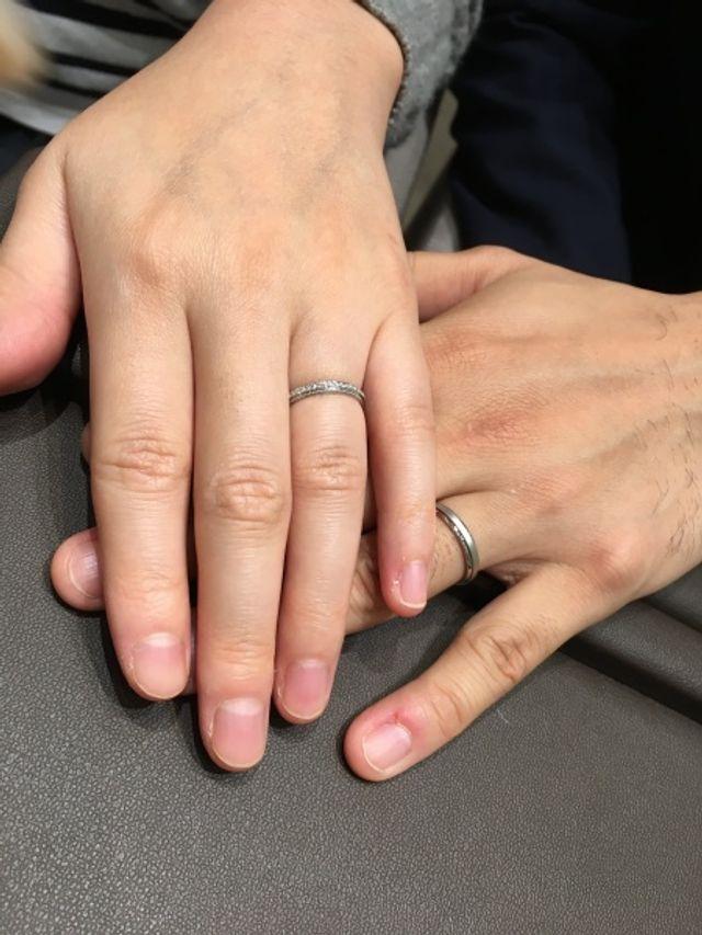 指輪をはめた時