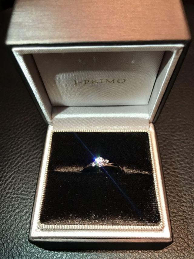 プロポーズされた時に、アイプリモの婚約指輪を頂きました♪