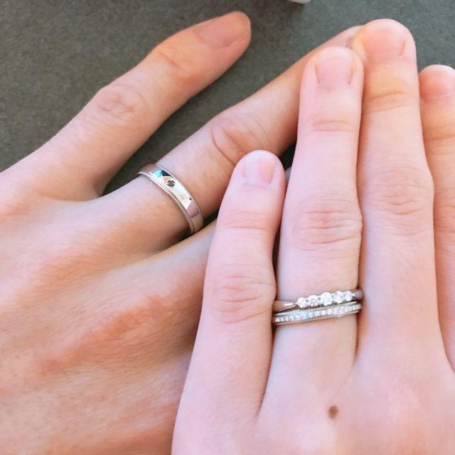 婚約指輪のノーナと重ねても可愛い♡♡気に入ってます!