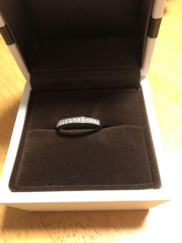 結婚指輪のデザインが古くなったので購入しました