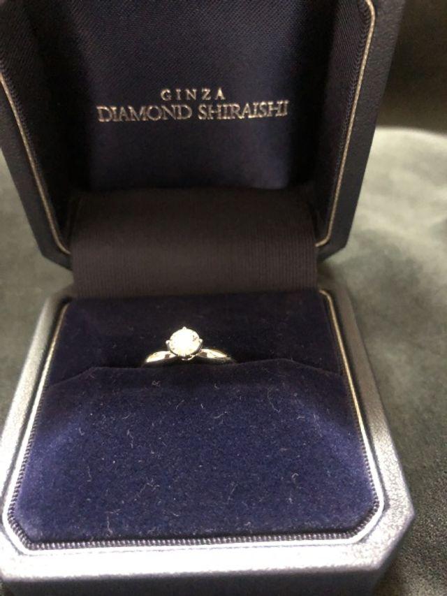 結構大きめなダイヤです。