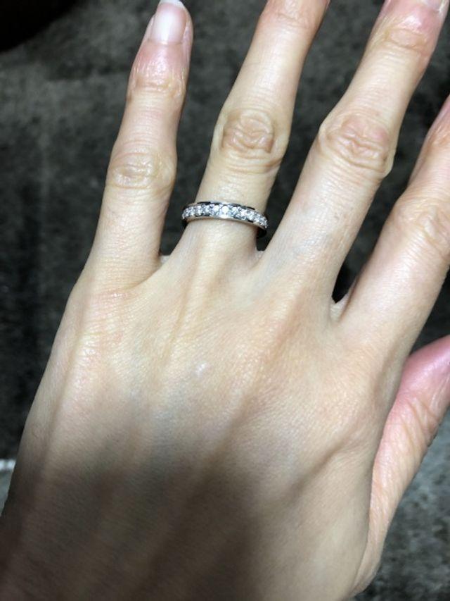 ダイヤモンド剥き出しになってないため、傷がつきにくいです。