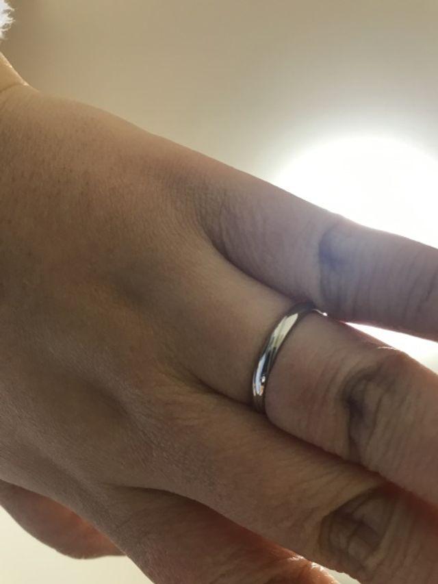 店員から指輪の交換を勧められ旦那が照れながら入れてくれました