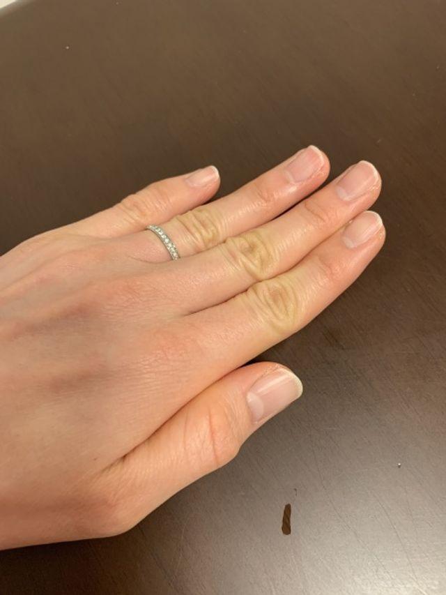 旦那さんと色々と相談してデザインを決めた結婚指輪