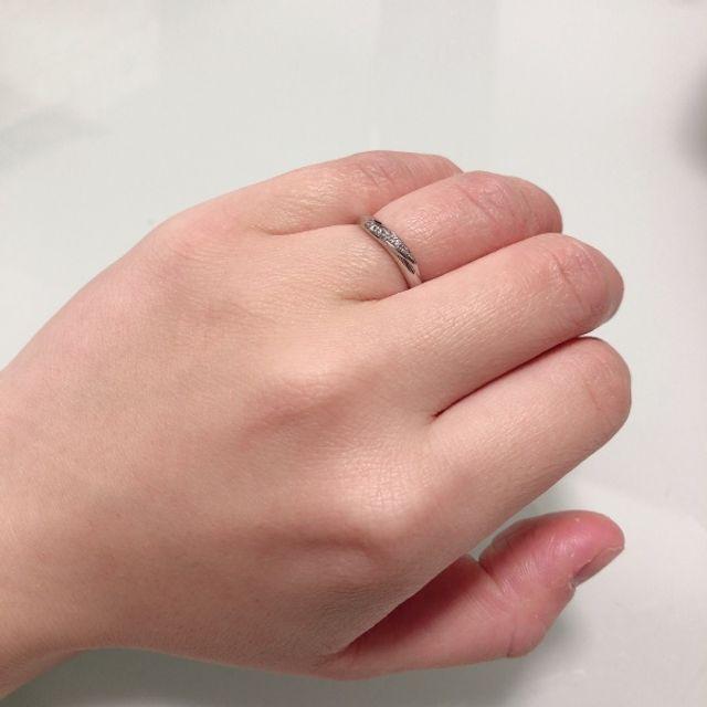 ダイヤ部分がしっかりとキラキラしており気に入っています。