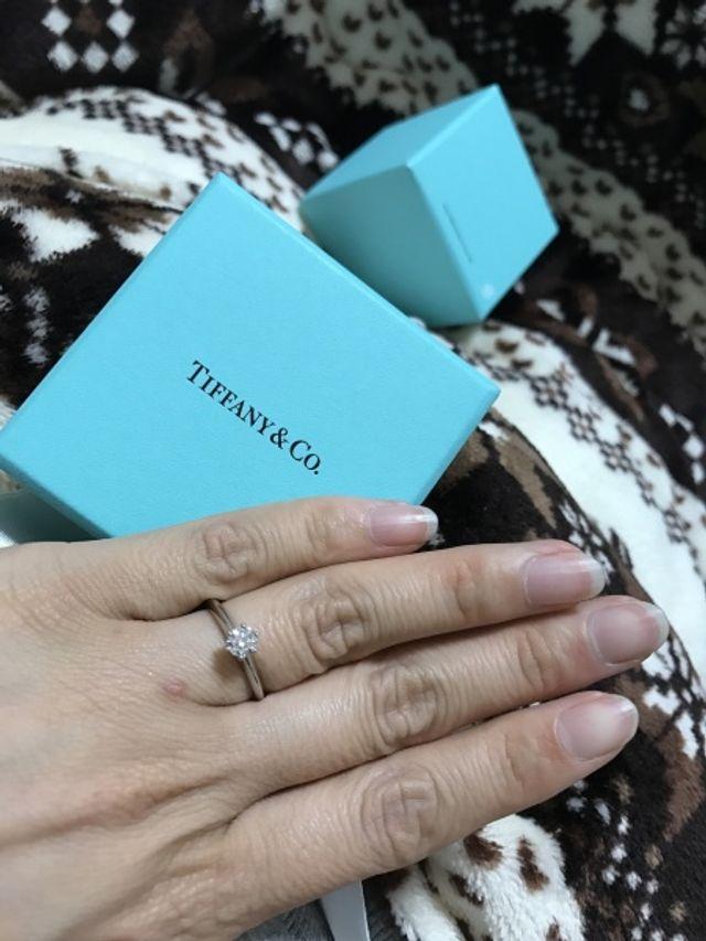 憧れのティファニーブルーの箱は女子をドキドキさせますね。