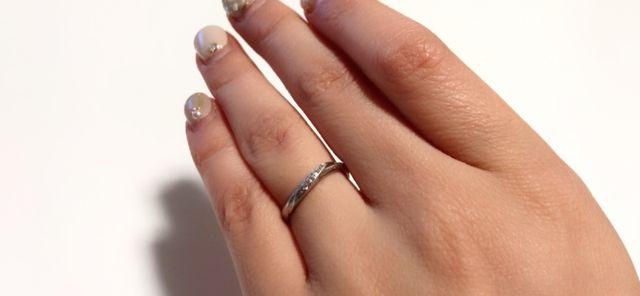 ダイヤモンドが付いているデザインに惹かれて購入しました。