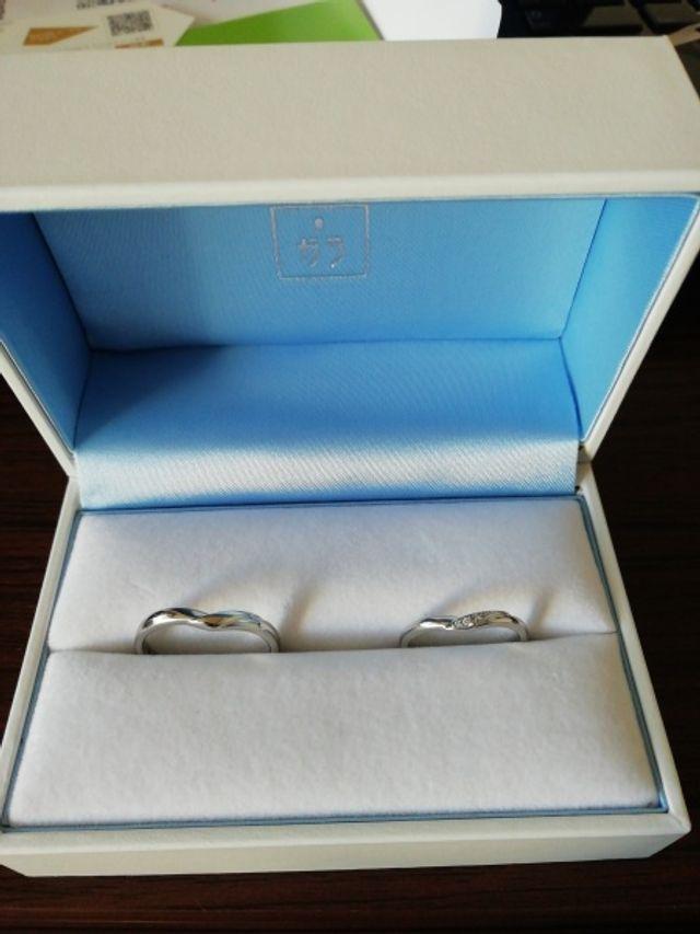 結婚指輪を購入しました。たくさんの種類から選べました!