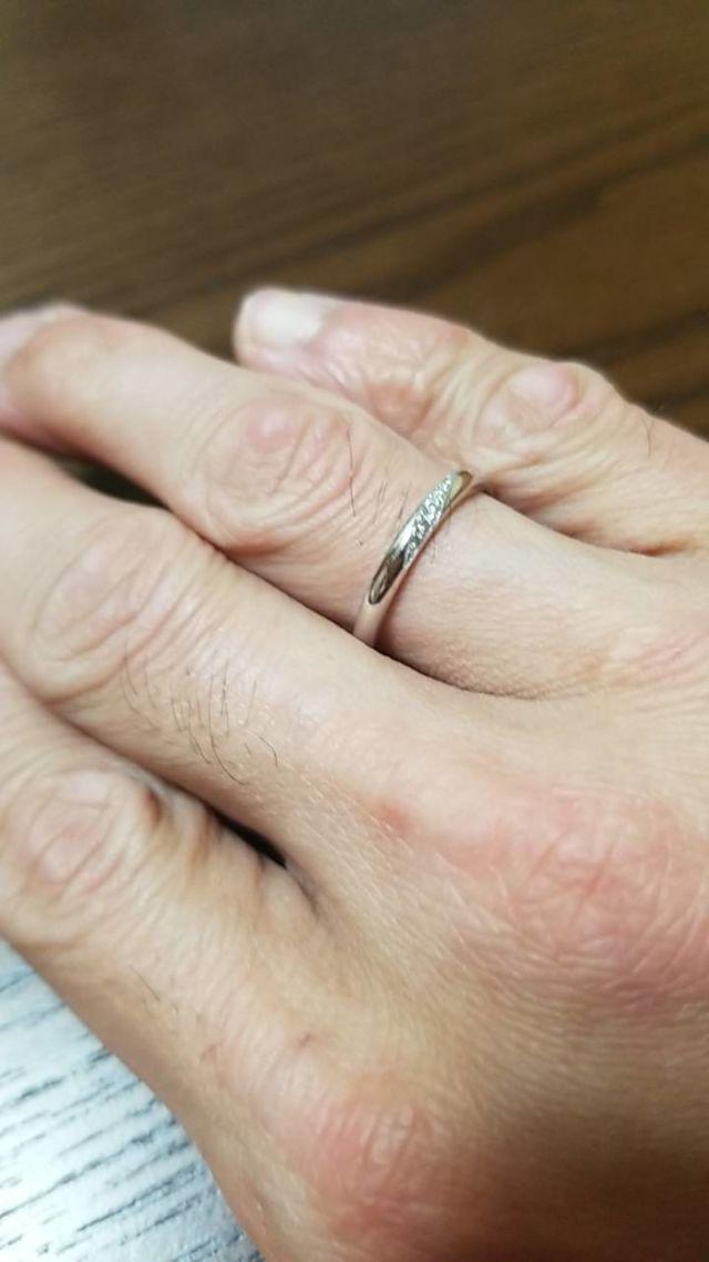 女性用の指輪ですが、男性にも合います!