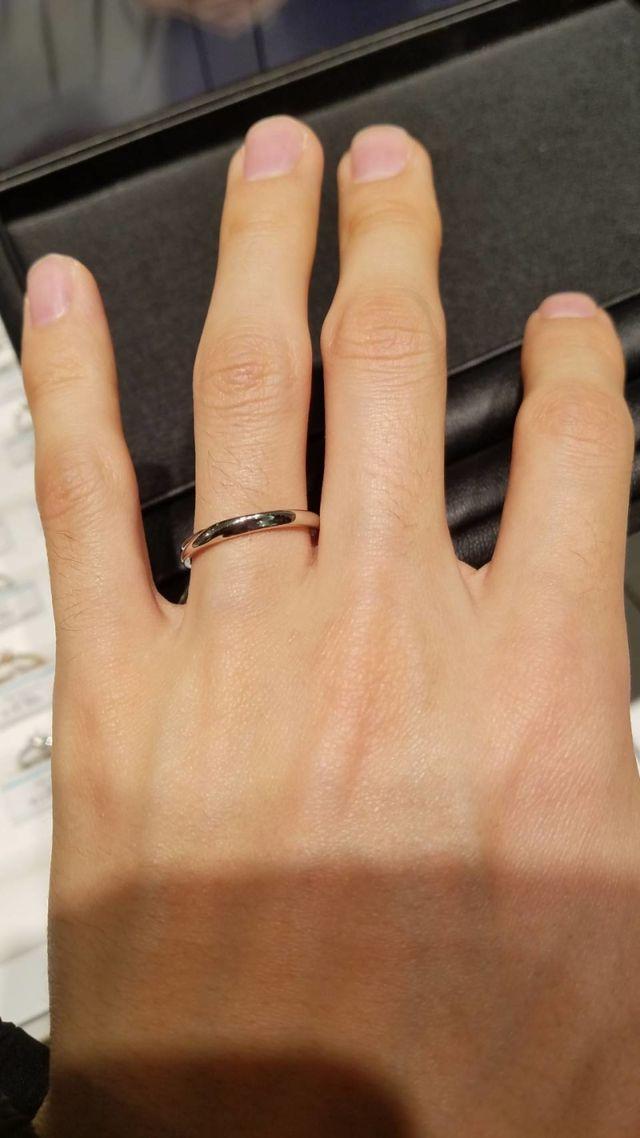 新郎の結婚指輪です。